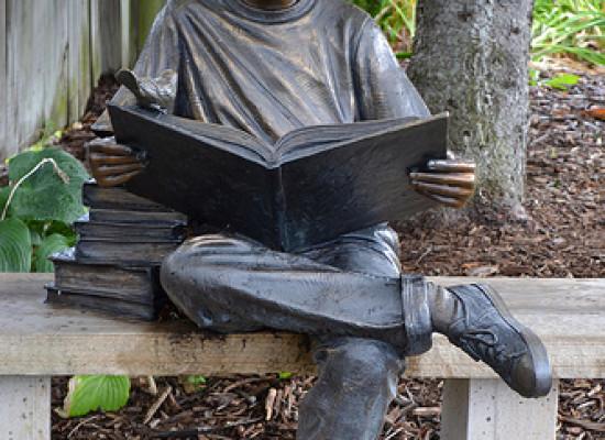 Okumayı sevmeyen çocuk yoktur, okumayı seveceği kitapla karşılaşmamış çocuk vardır!