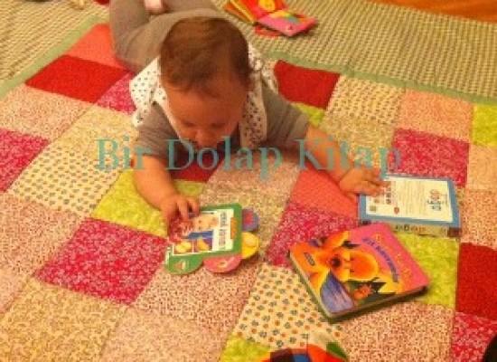 """""""Muhteşem Ay Tavşanı"""" ve """"Bebek Kitapları"""""""