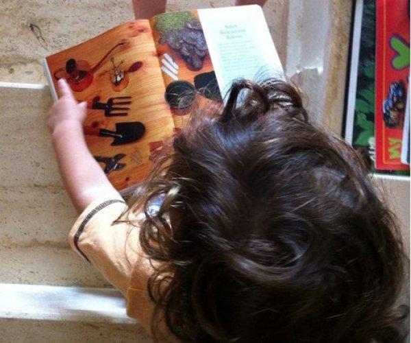 Hiç çocuk çok kitap, iki çocuk hiç kitap